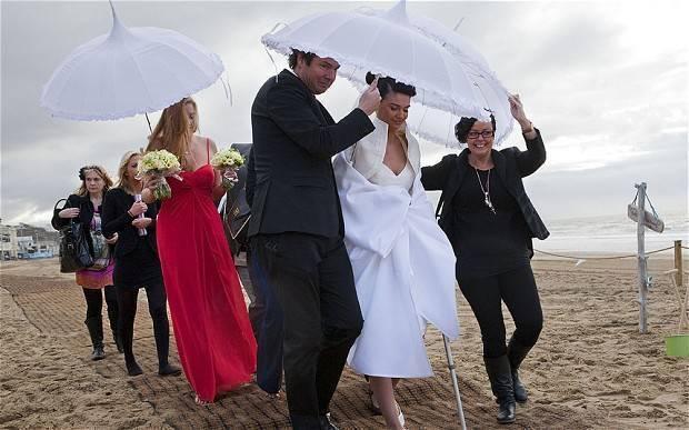 Beach Wedding Fail