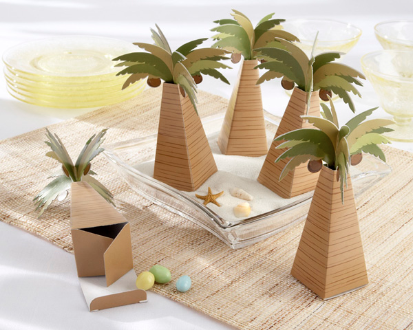 Palm Tree Favor Box with Multi-dimensional Detail