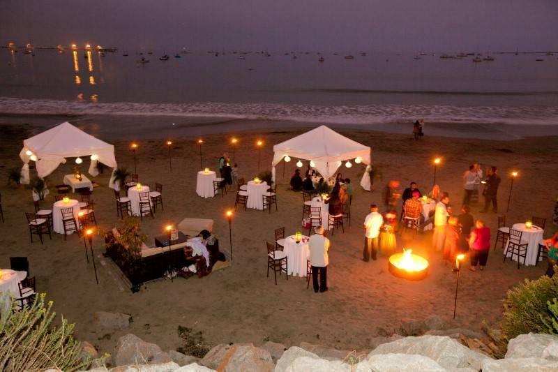 7 Fantastic Songs for a Beach Wedding