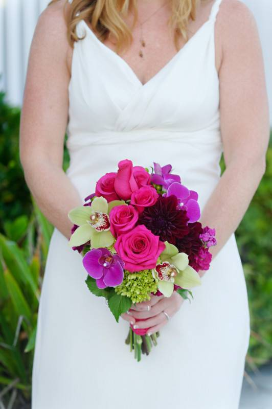 Simple and Floral Wedding
