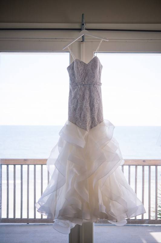 A Rustic and Chic Beach Wedding