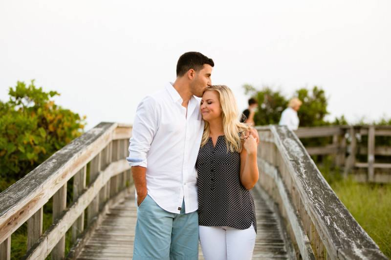 Beach, Garden, and a Mansion   An Engagement Session
