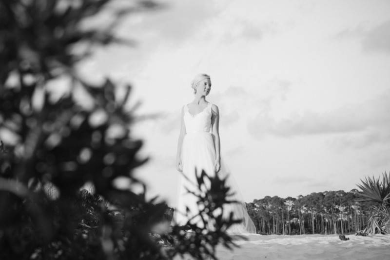 Amanda_NA_Leah_Moyers_Photography_AmandaBridalShootGulfCoast53472_low