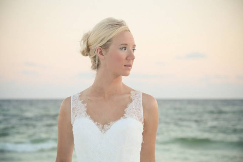 Amanda_NA_Leah_Moyers_Photography_AmandaBridalShootGulfCoast53480_low