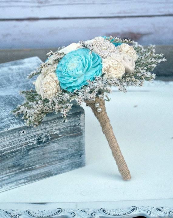 6 Unique Ways to Use Aquamarine in Your Beach Wedding