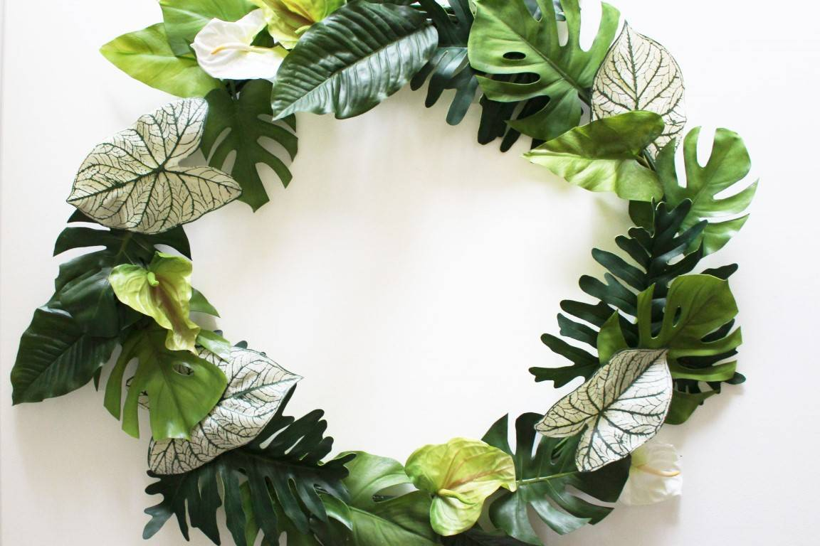 DIY Tropical Wreath Tutorial