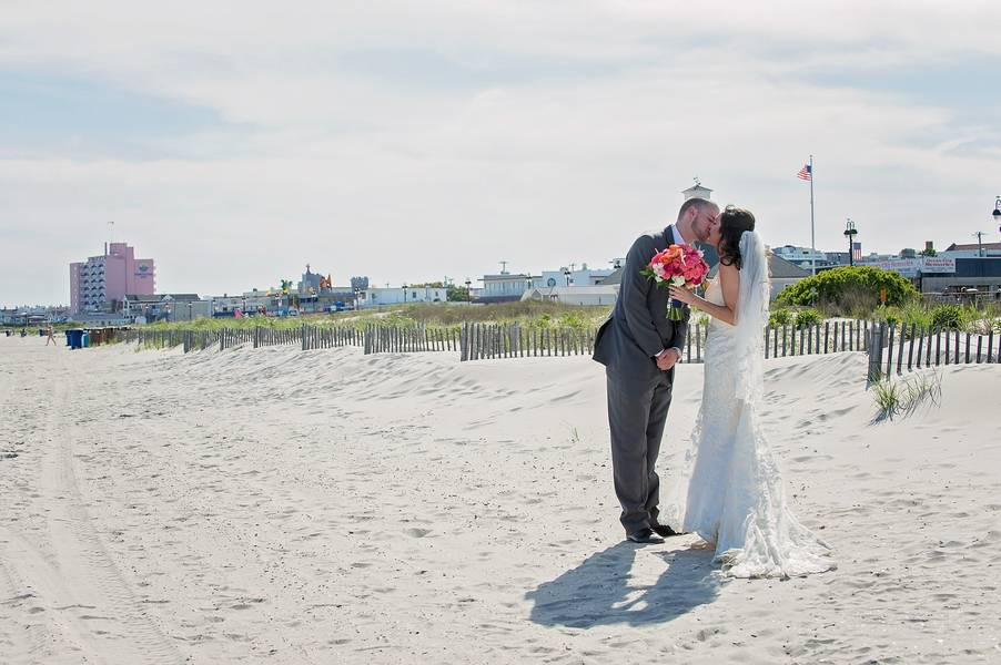 Pink and Navy Nautical Beach Wedding