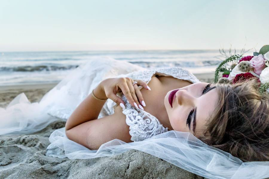 Butterfly Beach Four Seasons Bridal Session