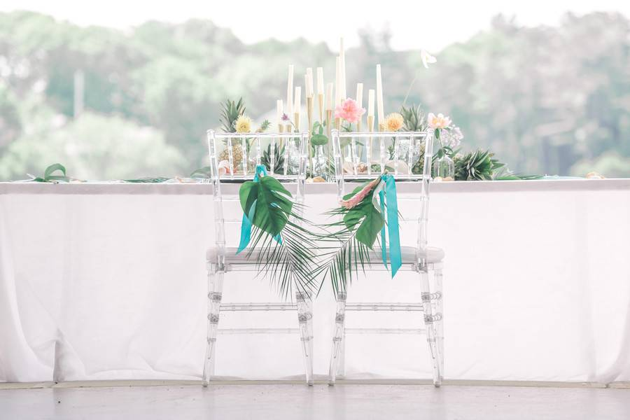 Tropical Summer Inspired Styled Shoot