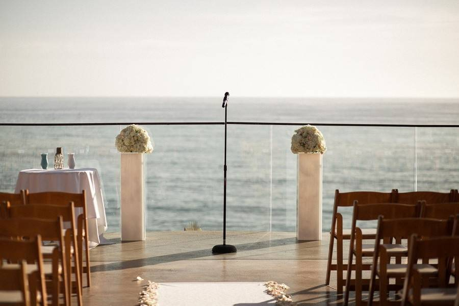 Elegant Ocean View Resort Wedding