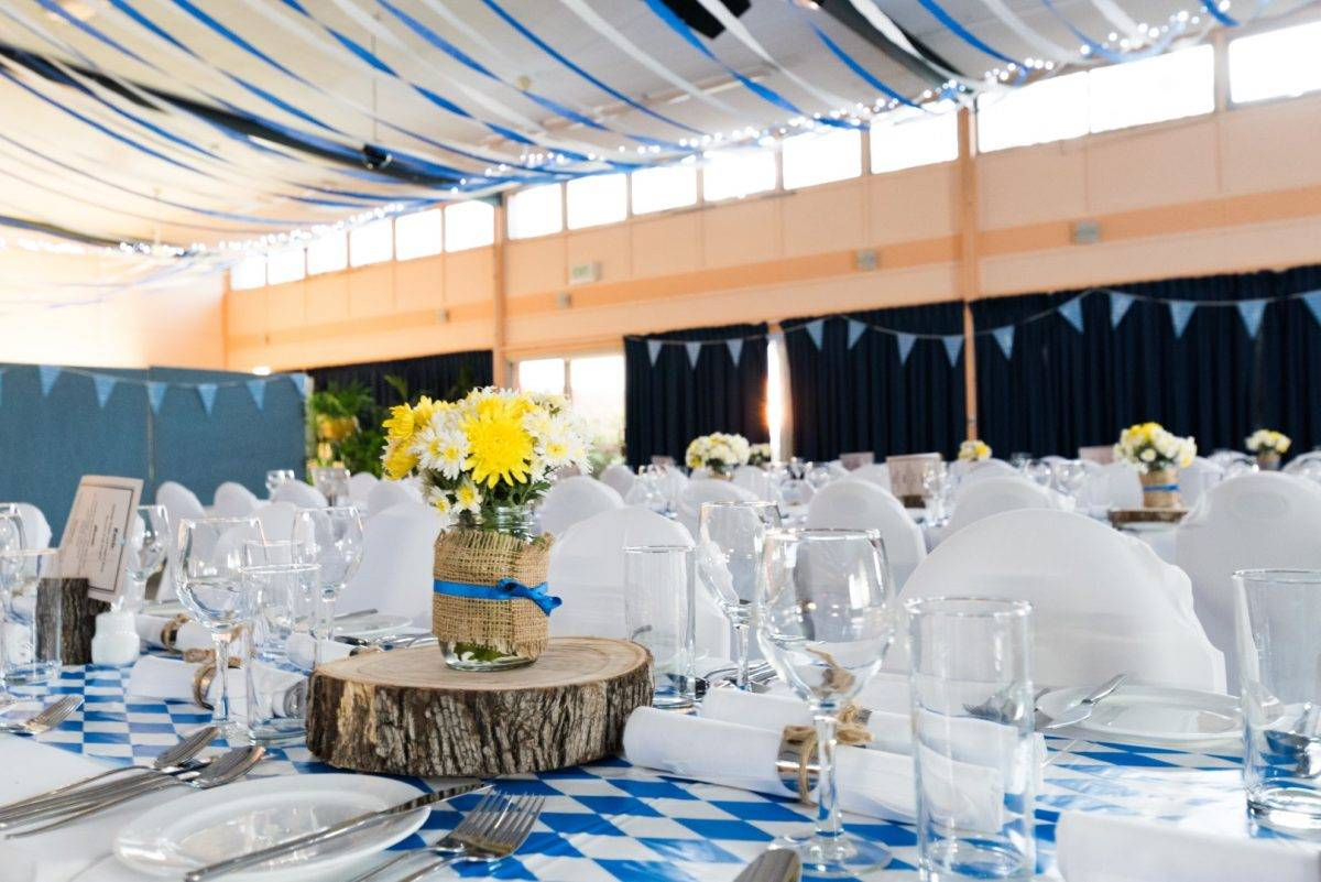 6 Seafood Menu Ideas for Beach Weddings