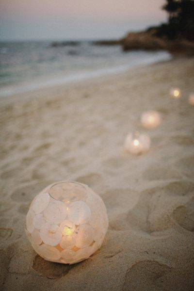 10 Essentials for Your Beach Wedding This Summer
