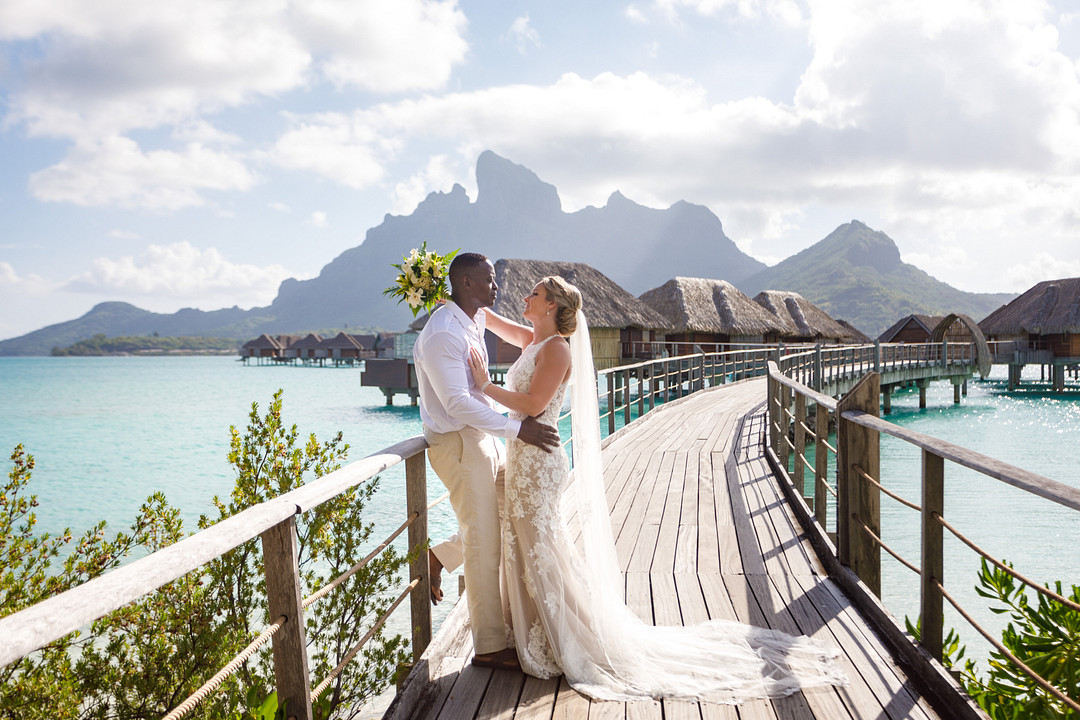 Sunset Elopement in French Polynesia