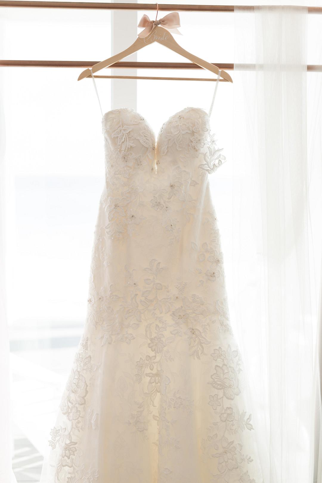 Refreshing Pink and Grey Wedding